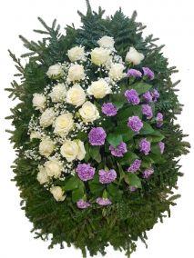 Фото - Венок на похороны из живых цветов #19 бело-розовый розы, гвоздики и хвоя