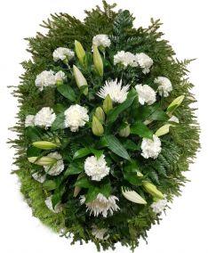 Фото - Ритуальный венок из живых цветов #21 хризантемы и гвоздики