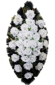 Фото - Ритуальный венок из искусственных цветов - Классика #23 из белых роз и зелени