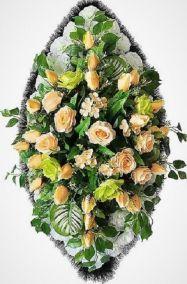 Фото - Ритуальный венок из искусственных цветов - Элитный #21 из роз и хризантем