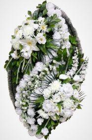 Фото - Ритуальный венок из искусственных цветов - Элитный #30 белый из роз, лилий, гвоздик и зелени