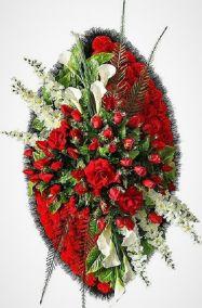 Фото - Ритуальный венок из искусственных цветов - Элитный #38 красно-белый из роз, каллы и зелени