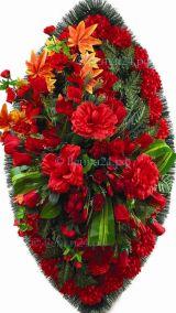 Фото - Ритуальный венок из искусственных цветов - Элитный #46 красный из роз, хризантем и зелени