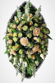 Фото - Ритуальный венок из искусственных цветов - Элитный #5 из роз и зелени