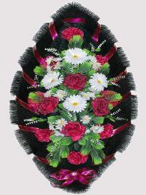 Фото - Ритуальный венок из искусственных цветов #19 красно-белый из гвоздик, роз и зелени