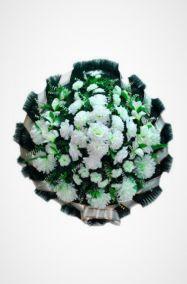 Фото - Ритуальный венок Круг белый с розами,  хризантемами и гладиолусами