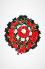 Фото - Ритуальный венок Круг красный малый из роз, хризантем и гвоздик